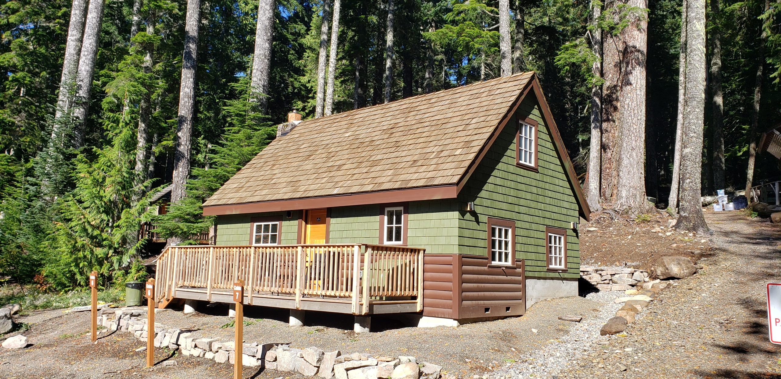 Front view of Lost Lake Resort cabin 6